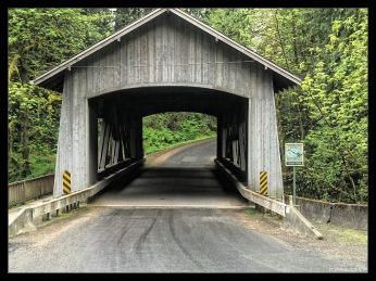 Cedar Creek Covered Bridge (rebuilt in 1994)